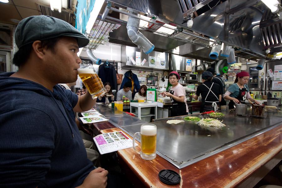 Getting Okonomiyaki in Okonomimura in Hiroshima